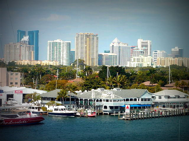 640px-Fort_Lauderdale_Skyline